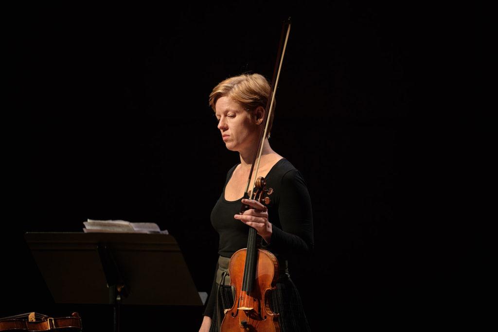 Isabelle Faust in der Kölner Philharmonie