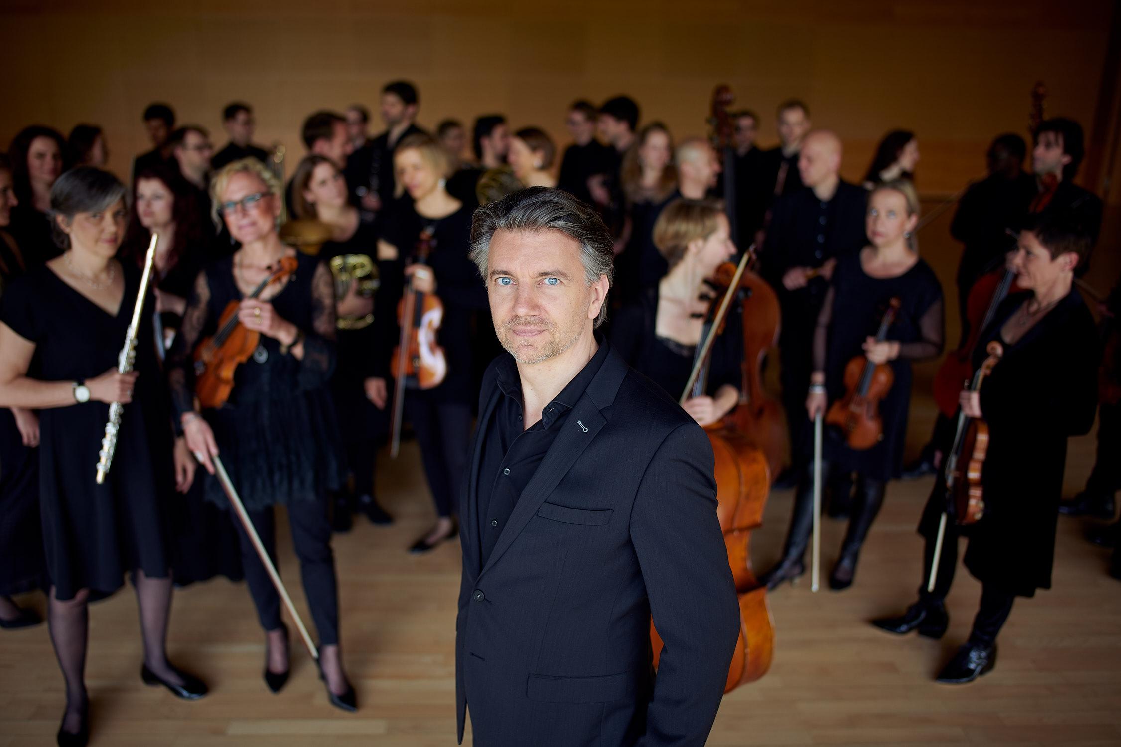 Dirigent Neue Philharmonie Frankfurt Jens Tröster Portrait Foto