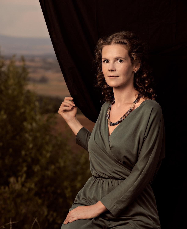 Samira Julia Calder, Schauspielerin, als Mathilde Wesendonck in Bayreuth auf der Neubürg